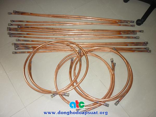Gia công ống đồng lắp đặt đồng hồ đo áp suất Nisshin