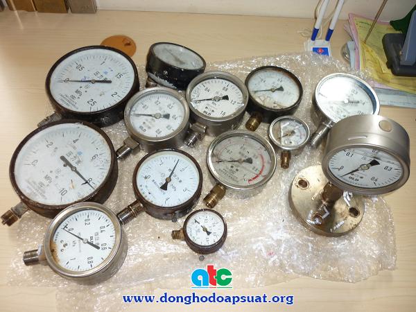 Đồng hồ đo áp suất mẫu được gửi vào để ATC kiểm tra