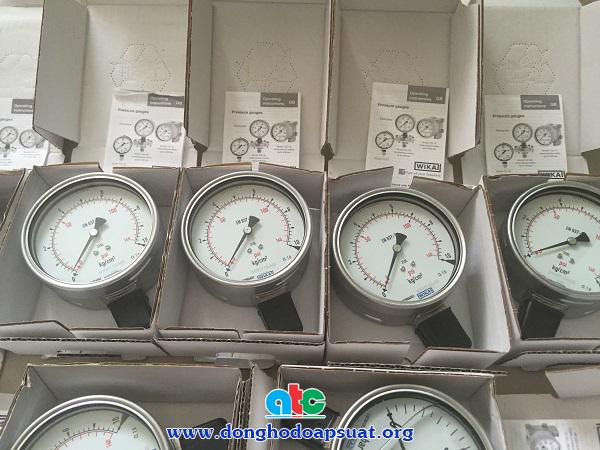 Cận cảnh đồng hồ đo áp suất Wika nhập khẩu từ Đức