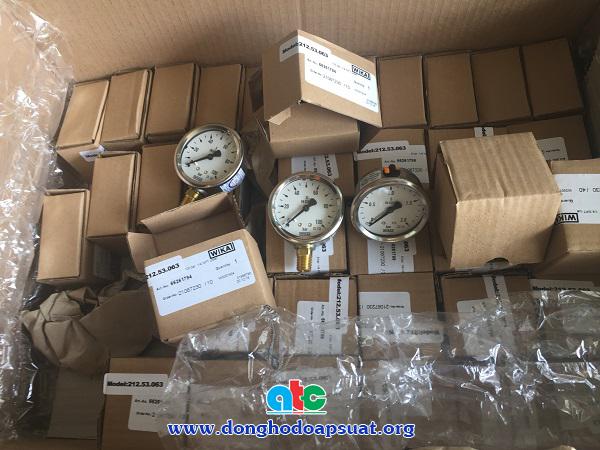Nhập hàng đồng hồ đo áp suất Wika vỏ inox chân đồng 212.53