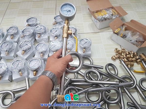 Đồng hồ đo áp suất Fantinelli và phụ kiện lắp đặt cho hệ thống PCCC