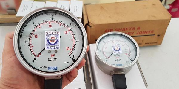 Đồng hồ đo áp suất Wika có dầu chính hãng được sản xuất 100% tại Đức
