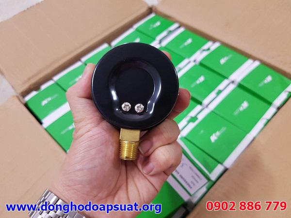Mặt sau của đồng hồ đo áp suất KK Đài Loan giá rẻ, chất lượng tốt