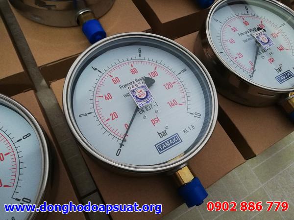 Đồng hồ đo áp suất Yamaki kiểm định trước khi bàn giao
