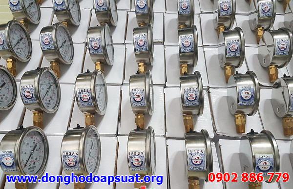 Kiểm định đồng hồ đo áp suất Badothem trước khi bàn giao cho công trình