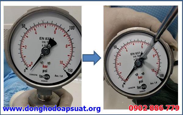 """Đồng hồ đo áp suất bị lệch kim xuống dưới vạch """"0"""" và cách xử ly bằng tua vít"""